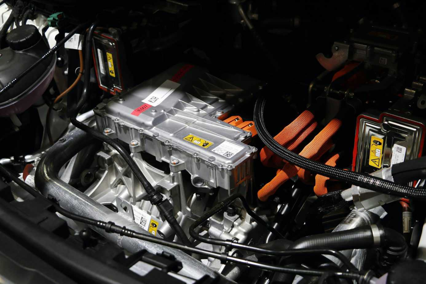 Electric Cars That Have Liquid-Cooled Batteries