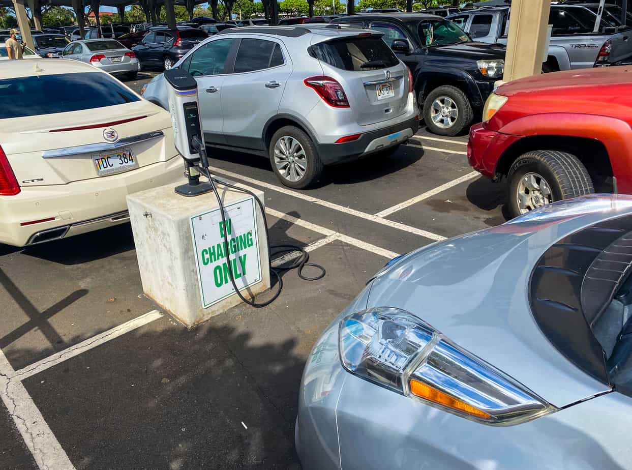 can you charge electric cars anywhere_